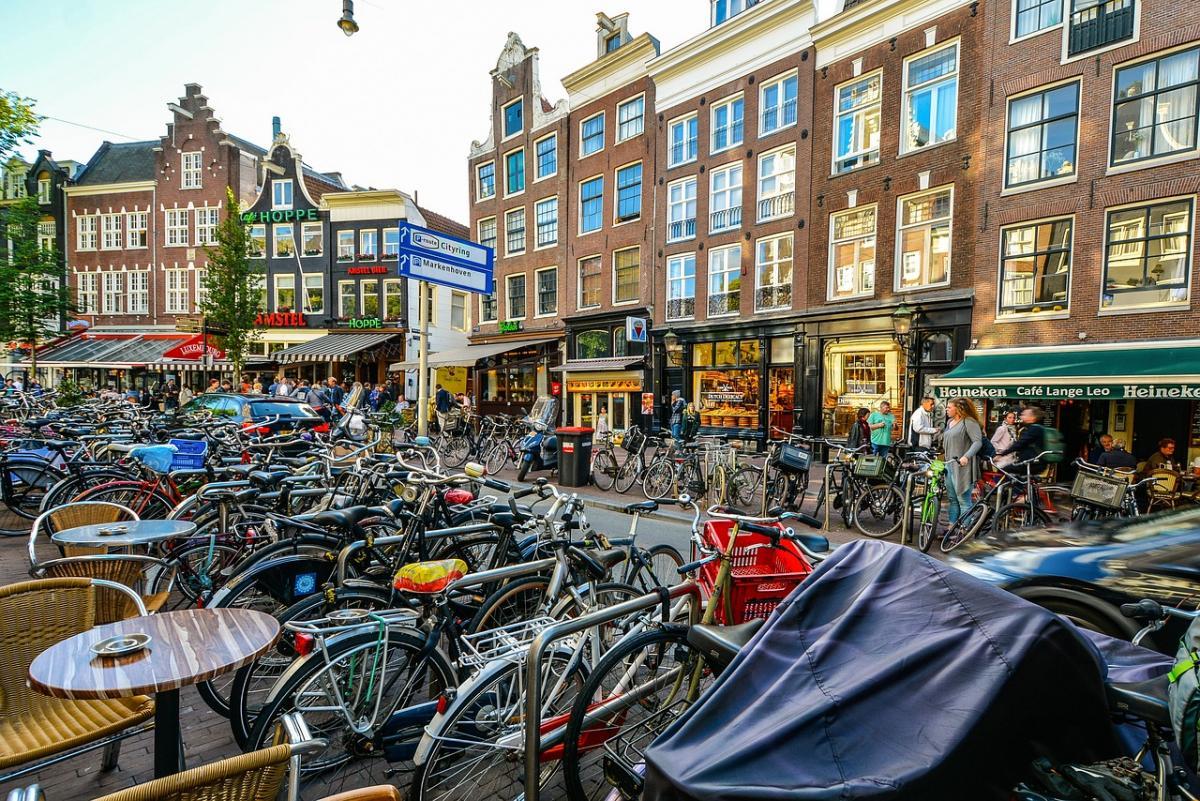 Vastgoed Actueel Woningmarkt Amsterdam