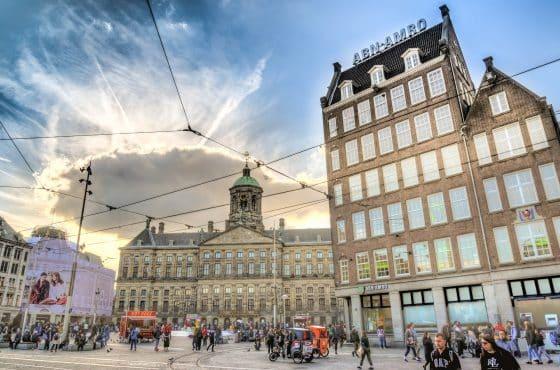 Op de Dam in Amsterdam gaat Woonprotest actievoeren